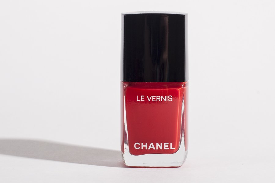 chanel 546 rouge red