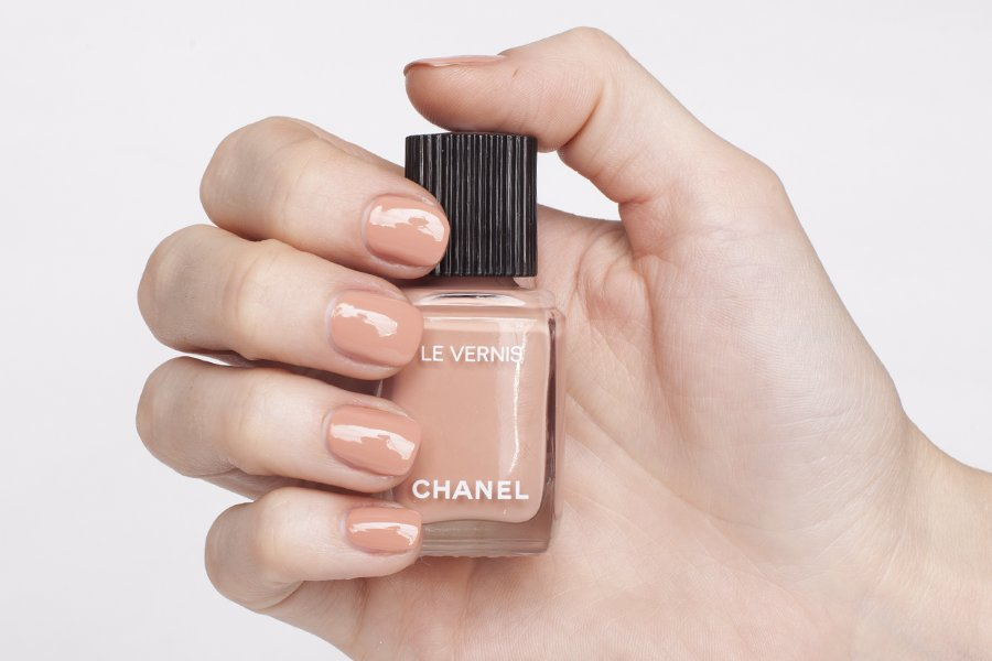 chanel 556 beige beige swatch
