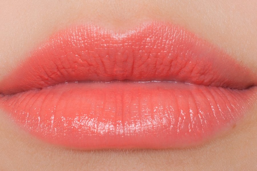 Chanel-coco-shine-122-swatch