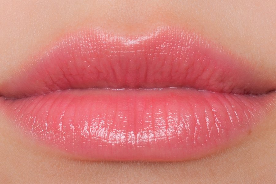Chanel-coco-shine-132-swatch
