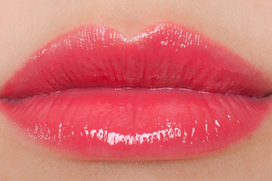 Chanel-rouge-allure-glass-27-swatch