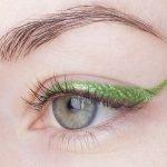 UD-razor-sharplong-wear-liquid-eyeliner-Kush swatch1