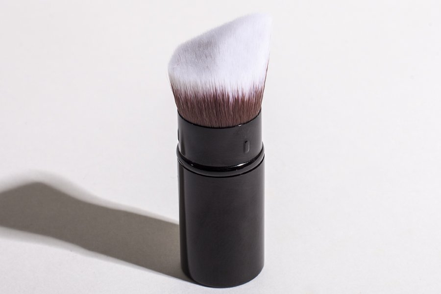 chanel les beiges brush