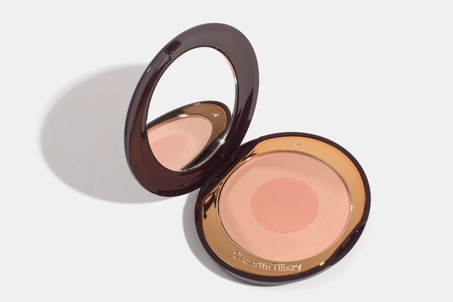 charlotte-tilbury-cheek-to-chic-first-love