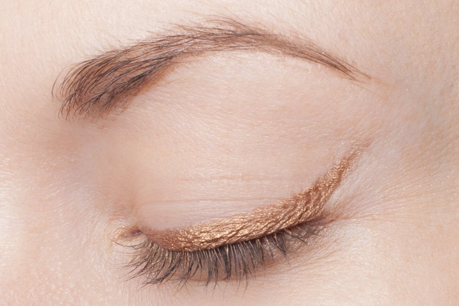 clarins waterproof eye pencil 06 gold swatch2
