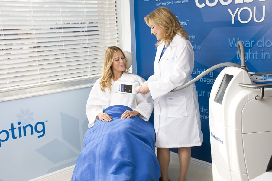 Female-Patient-Doctor-CoolCore-Small