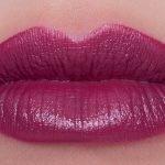 Nyx-turnt-up-lipstick-02-swatch