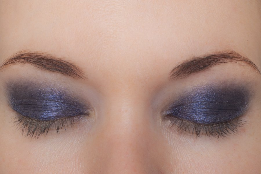 ombre matte 10 midnight blue swatch