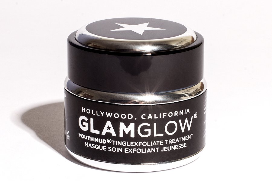 GlamGlow-tinglexfoliate-treatment