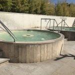 Классическое джакузи, еще теплее, чем в бассейне
