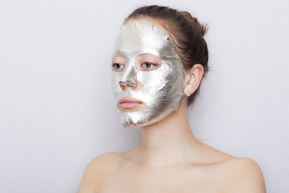 Oozoo-face-silver-foilayer-mask 2