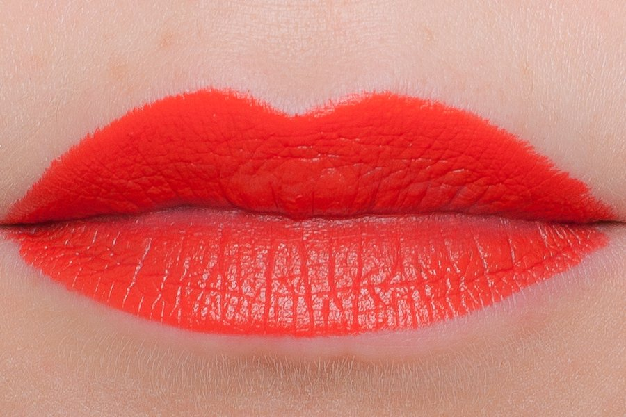 chanel lip craoyn 259 swatch