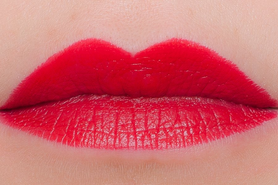 chanel lip craoyn 265 swatch