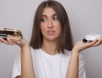 Цена макияжа: дорого или бюджетно? Угадайте!