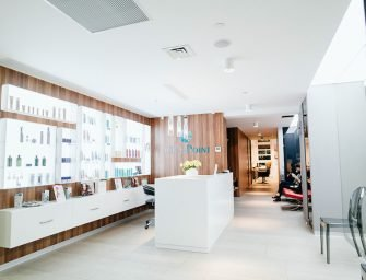 Выгода по расписанию: скидка 20% в новой клинике Osteo Poly Clinic и акции салона Main Point