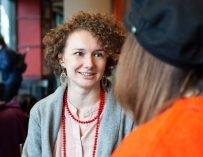 Зачем волосу увлажнение и другие неудобные вопросы основательнице «Кудрявого чата»