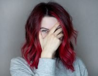 Жизнь в цвете: как я покрасилась в красный и что об этом думаю