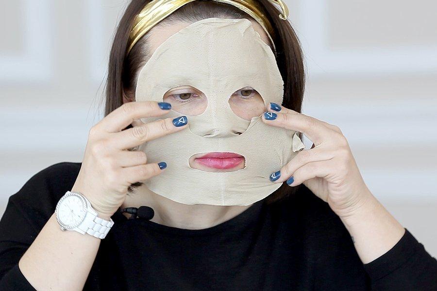 Тканевая маска с белой глиной skin needs