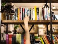 Что читать: 5 книг библиотеки салона Beauty Insider&KA2. Выбор Насти Завозовой